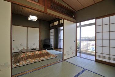 Yaedake Honkan